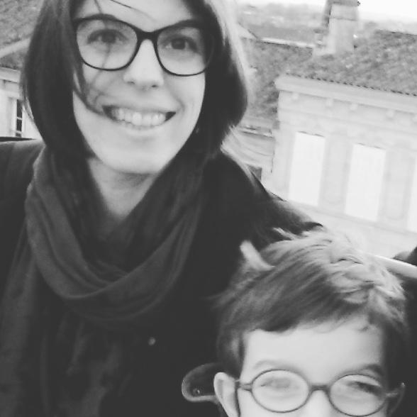 Maman au balcon avec mon fils