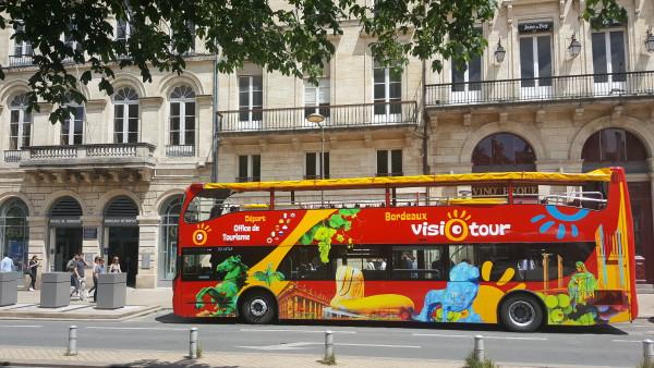 Visiotour bus rouge crédit Visiotour
